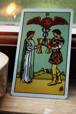 two of cups, rider waite tarot